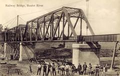 Railway bridge, Hunter River, N.S.W. (maitland.city library) Tags: bridge workers bridges rail newsouthwales railways railroads maitland hunterriver 0003 endean
