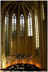 Limburg: Maastricht (H. Bos) Tags: church maastricht books former maas heavenly kerk ambience limburg polare boeken hemelse voormalige sferen wiesjoenoslimburgis mestreegh