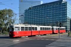 Wiener Linien 4542 [Vienna tram] (Howard_Pulling) Tags: vienna wien camera austria nikon foto picture tram fotos trams strassenbahn austrian 2013 wienerlinien d5100