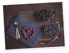 (Blue Spoon) Tags: desktop wallpaper fruit berries calendar september download desktopwallpaper freebie