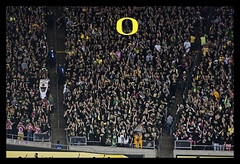 Gimme an O (tenfeet_tall) Tags: oregon nikon ducks eugene ncaa collegefootball autzen wazzu d90