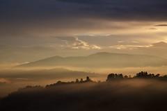 late autumn dawn (peet-astn) Tags: morning trees sun mist mountains dawn alba sole nebbia tagliacozzo marsica