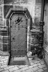 Iron Barrier (Mike Gabelmann) Tags: door metal stone europe prague pipe czechrepublic steampunk hlavnmstopraha