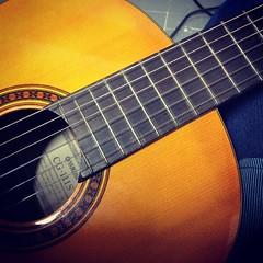 เพราะชีวิตคือดนตรี ชั้นจึงต้องหัดเพลงนี้ให้จงได้  #romance #guitar #classic #ทะเลสีดำ #นิ้วก้อยอ่อนแอ #epitheliumที่หลุดลอกและพุพอง #พักนิ้วหนึ่งวัน #โค้ชผู้สอน@pingmazz #ถึงเวลาจริงจังกับกีตาร์ #อูคูเลเล่ช่างมันไม่มีเงินซื้อ