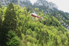 Air-Glaciers in Stckalp-Melchsee-Frutt 28.5.2016 0705 (orangevolvobusdriver4u) Tags: schweiz switzerland transport helicopter hubschrauber airtransport archiv 2016 helikopter melchseefrutt stckalp airglaciers airglacier