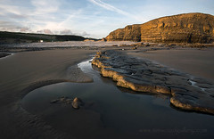 SOUTHERNDOWN, VALE OF GLAMORGAN. (IMAGES OF WALES.... (TIMWOOD)) Tags: sea beach southwales wales reflections coast photo sand gallery photos valeofglamorgan bridgend porthcawl southerndown ogmorebysea timwood