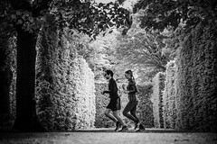 ...moment... (ines_maria) Tags: schnbrunn vienna light bw sun nature monochrome contrast couple jogging