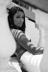 DSC_0459-2 (Tibo G. Fotografia) Tags: portrait praia riodejaneiro ensaio mulher moda modelo fotografia vermelha urca carioca fotografo ensaiofotogrfico feminino externo ensaioparque ensaioriodejaneiro