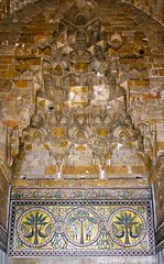 Arab Sicily _ muqarnas at Zisa Castle in Palermo (piero.mammino) Tags: sicily sicilia palermo arab norman arabi normanni zisa castello castle muqarnas piero mammino