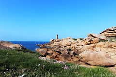 Pink Granit Coast - Brittany (Damien ) Tags: pink lighthouse france rose coast brittany rocks bretagne cte granite phare ploumanach