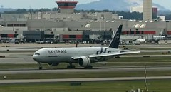 Air France Boeing 777 F-GZNT Atlanta Hartsfield Jackson Airport webcam capture (AirportWebcams.net) Tags: atlanta france webcam airport atl air jackson boeing capture 777 hartsfield katl fgznt