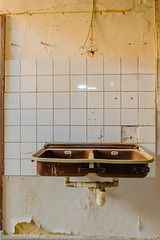 20160416-FD-flickr-0027.jpg (esbol) Tags: bad badewanne sink waschbecken bathtub dusche shower toilette toilet bathroom kloset keramik ceramics pissoir kloschssel urinals
