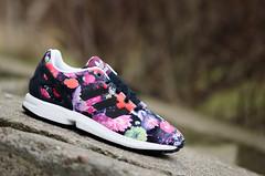 BUTY JR ADIDAS ZX FLUX FLOWER (cliffsport.pl) Tags: flower colors shoes originals flux adidas buty kwiaty kolorowe wygodne cliffsport