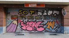 Crayons | Pencils | Crons (pod) Tags: brussels streetart pencils graffiti idiot ebay belgium belgique 1st tag bart belgi bruxelles graph crayons crayon brussel kast onelove sot potlood polzo filmx 7click sonk basicfit