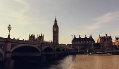 London - Big Ben (Bilder von unterwegs) Tags: city greatbritain england london westminster cityscape unitedkingdom bigben clocktower westminsterbridge parliamentbuilding