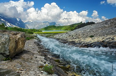 der Bach (welenna) Tags: alpen alps switzerland summer schwitzerland sky swiss berge blue blumen bach natur mountains mountain clouds cloud trbsee river fluss view landscape relief himmel hiking steine stone