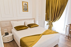 double-room-deluxe-albergho-tirana