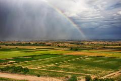 Arc de Sant Mart sobre l'Urgell (ancoay) Tags: sky arcoiris landscape spring rainbow paisaje catalonia cielo antonia catalunya lleida paisatge urgell arcdesantmarti paispetit canon600d