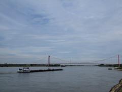 Emmerich - Duitsland (Johan Moerbeek) Tags: emmerich rijn rhein rhine rijnaak boot aak brug promonade landscape