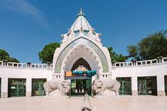 (wongwt) Tags: zoo hungary budapest scenary botanicalgarden hu touristattraction budapestzooandbotanicalgarden sel1635za sonya7ii