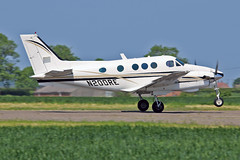 N200RE Beech E90 King Air Gray Aviation Inc Sturgate Fly In 05-06-16 (PlanecrazyUK) Tags: sturgate egcs fly in 050616 n200re beech e90 king air grayaviationinc