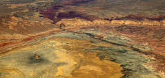 2016_06_02_lax-ewr_429 (dsearls) Tags: river utah flying desert aviation united country canyon aerial erosion rivers geology ual canyons arid aerialphotography jurassic stratigraphy unitedairlines windowseat windowshot weathering 20160602