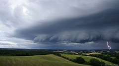 No ordinary storm (Pierre-Paul Feyte) Tags: sombre thunderstorm campagne menace orage gers arcus