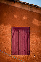 Fentres en Provence (Mario Graziano) Tags: roussillon provencealpesctedazur france fr fentres provence provenza finestra window windows finestre fentre