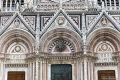 20160629_siena_duomo_cathedral_889z6 (isogood) Tags: italy church catholic cathedral roman religion gothic christian tuscany siena duomo renaissance barroco santamariaassunta assumptionofmary
