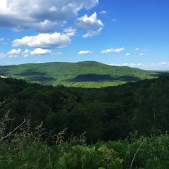 IMG_1728 (daach14@sbcglobal.net) Tags: usa vermont nature outdoor green photo trip travel sky blue woods trees forest beauty life moutain rock rocks view iphone6 panorama