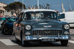Chevrolet (icodac) Tags: mer canon voiture retro extrieur plage ancienne portlanouvelle voitureamericaine eos70d