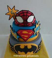 #superhelden #taart #superhero #cake #gebaksels #mariannesgebaksels #friesland (mariannes gebaksels) Tags: superhelden taart superhero cake spiderman superman batman verjaardagstaart gebaksels mariannnesgebaksels friesland
