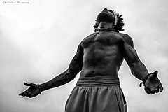 King Williams (Christian Rentera) Tags: portrait blackandwhite musician man black blancoynegro yoga canon mexico king williams retrato afro strong hip hop rap fitness gym gimnasio toluca fuerte marcado christianrentera chrisrentera lordmclovin