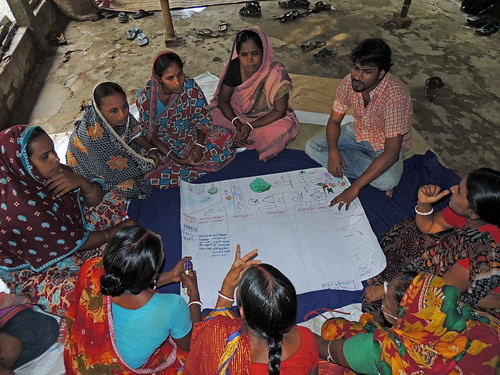 Capacity development in Khulna, Bangladesh. Photo by Mahabubur Rahman, 2012.