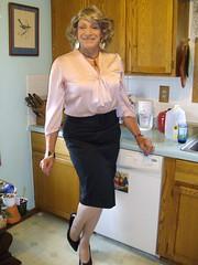 Laurette Victoria (Laurette Victoria) Tags: kitchen wisconsin blouse milwaukee laurette pencilskirt laurettevictoria