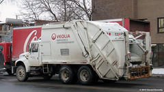 Veolia (Gerard Donnelly) Tags: trash truck garbage camion waste refuse ordure veolia