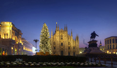 Christmas blue hour (7 a.m.) (Fil.ippo) Tags: christmas xmas city milan tree sunrise nikon cityscape alba milano dome bluehour duomo albero natale hdr filippo piazzadelduomo sigma1020 expo2015 d7000 blinkagain filippobianchi