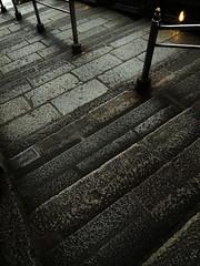 Temporary farewell    (^^Teraon) Tags: life road city trip autumn urban color building texture japan temple photography town nikon kyoto image pavement walk stage snapshot buddhism snap unesco coolpix   kiyomizu kiyomizudera recent templo imagery stonepavement caer  kyotocity  cair   imagescenery shimizudera mentalscenery
