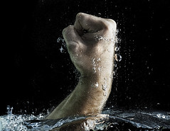 024450-56-Fist of Legend-1 (Jim Beatniks are out to make it rich) Tags: portrait people usa selfportrait art me water blackbackground america hand flash jimmy wave bubbles places fist splash speedlight portrate selfie highspeedphotography ilobsterit vision:outdoor=0936