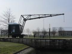Kranwagen, Bremerhaven (v8dub) Tags: railroad museum train germany wagon deutschland crane eisenbahn railway muse bahn allemagne kran bremerhaven grue trein waggon niedersachsen wagen schiffahrtsmuseum kranwagen