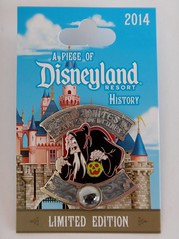 Snow White's Scary Adventures - Piece of Disneyland History Pin For April 2014 - LE 1500 - Disneyland Purchase - Pin on Backing Card - Front View (drj1828) Tags: us pin disneyland anaheim purchase limitededition 2014 disneypintrading le1500 pieceofdisneylandresorthistory