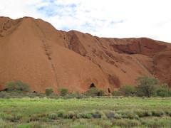 "Uluru <a style=""margin-left:10px; font-size:0.8em;"" href=""http://www.flickr.com/photos/83080376@N03/15829592523/"" target=""_blank"">@flickr</a>"