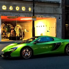 "Ordinary #London #Londra #Uk #McLaren #650s #dream #green #car #sloanest #England • <a style=""font-size:0.8em;"" href=""http://www.flickr.com/photos/8364105@N02/16352095218/"" target=""_blank"">View on Flickr</a>"
