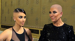 article-2674632-1F41A0AA00000578-277 (marisabuffagni) Tags: cute kim bare smooth shaved bald pomo cropped buzzed zero clipper jovanka scalp macchinetta liscia calva rasata tosata kardashian pelata rapata
