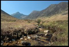 Glen Sannox (zweiblumen) Tags: scotland alba isleofarran hdr polariser glensannox northayrshire eileanarainn canoneos50d zweiblumen
