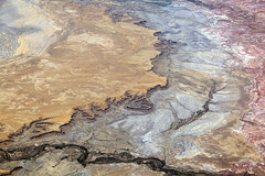 2016_06_02_lax-ewr_430 (dsearls) Tags: river utah flying desert aviation united country canyon aerial erosion rivers geology ual canyons arid aerialphotography jurassic stratigraphy unitedairlines windowseat windowshot weathering 20160602