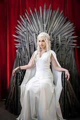 Daenerys Targaryen 5 season (HIYArtist) Tags: barcelona cosplay hiya got daenerys khaleesi gameofthrones salondelcomic juegodetronos songoficeandfire jdt targaryen girlcosplay motherofdragons daenerystargaryen barcelonacosplay evalara daeneryscosplay khaleesicosplay osunatierradedragones cancionhieloyfuego