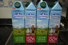 milk (Jusotil_1943) Tags: 17062016 envases bricks leche cuatro varios vacas
