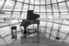 Grand (Madison Guy) Tags: museum piano milwaukeeartmuseum milwaukee mam wi santiagocalatrava