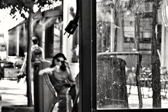 desconexin (Irene Fabregues) Tags: canon g7x madrid blancoynegro woman reflexin streetphotography street people